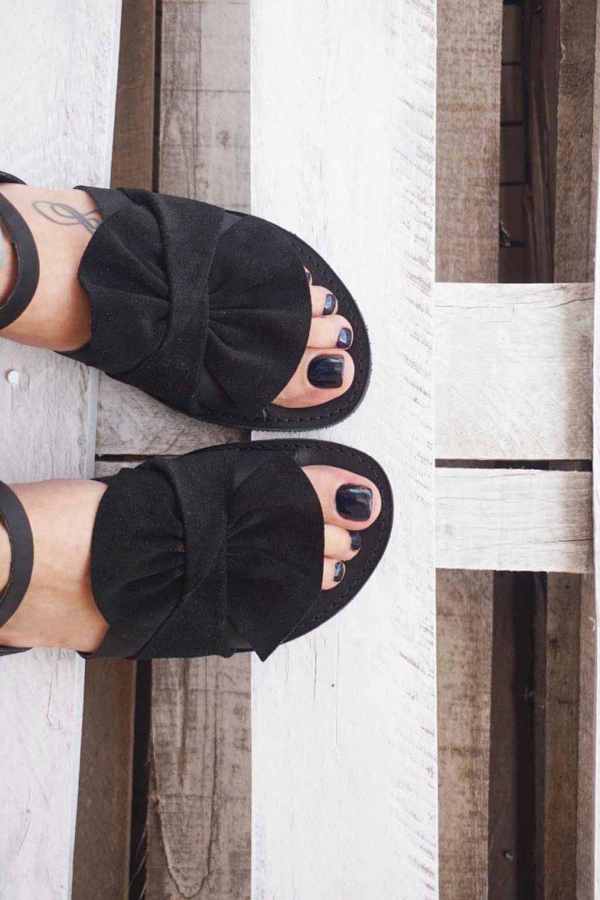 Płaskie sandały damskie ze skóry naturalnej FUNKY B, czarne