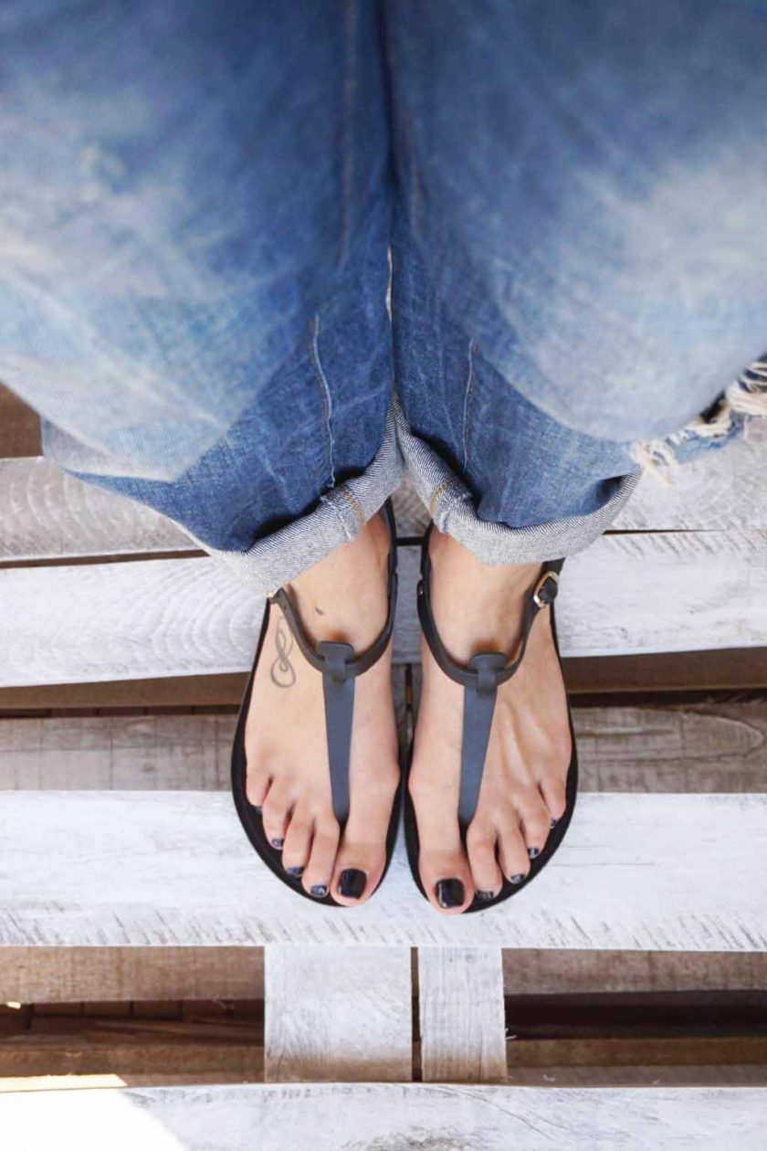 Płaskie sandały ze skóry naturalnej FUNKY ALLNUDE, czarne