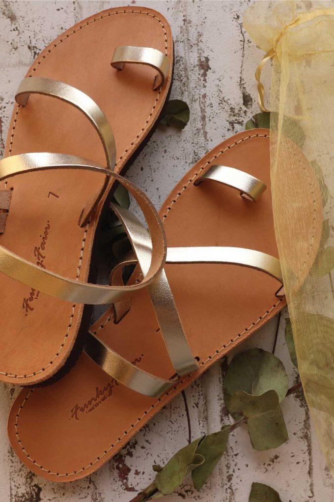 Sandały damskie ze skóry naturalnej FUNKY DAY, złote