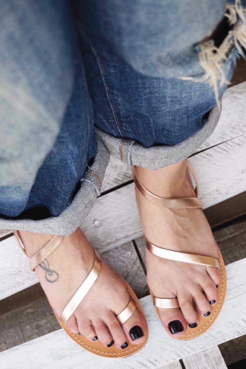 Płaskie sandały ze skóry naturalnej FUNKY DAY, brąz