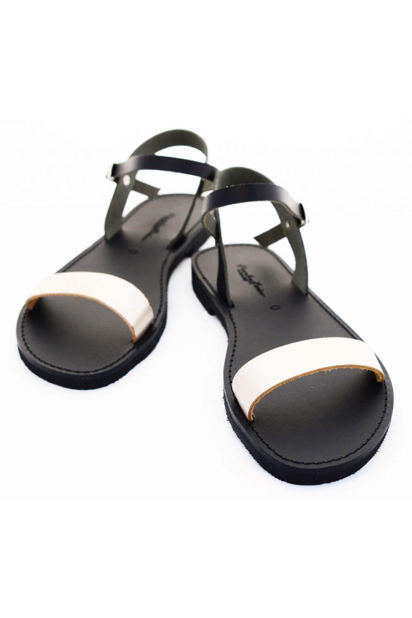 Płaskie sandały FUNKY CASUAL, odcień metaliczny