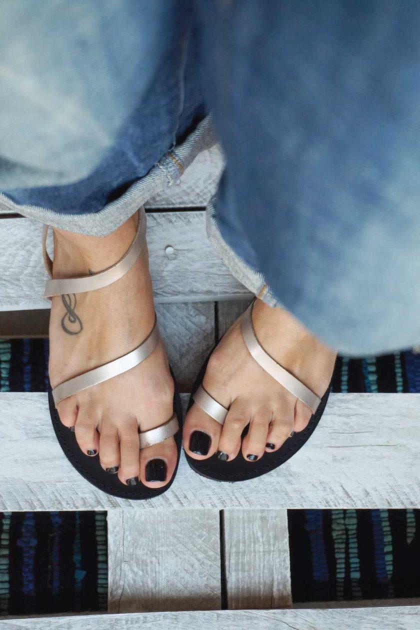 Płaskie sandały FUNKY DAY, odcień metaliczny