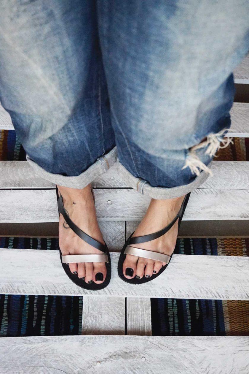Płaskie sandały FUNKY STRIPES, odcień metaliczny