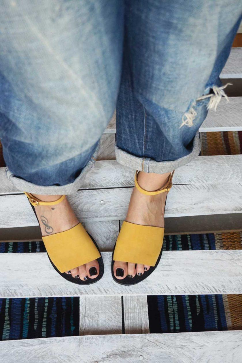 Sandały damskie FUNKY WOMAN, musztardowo-żółte