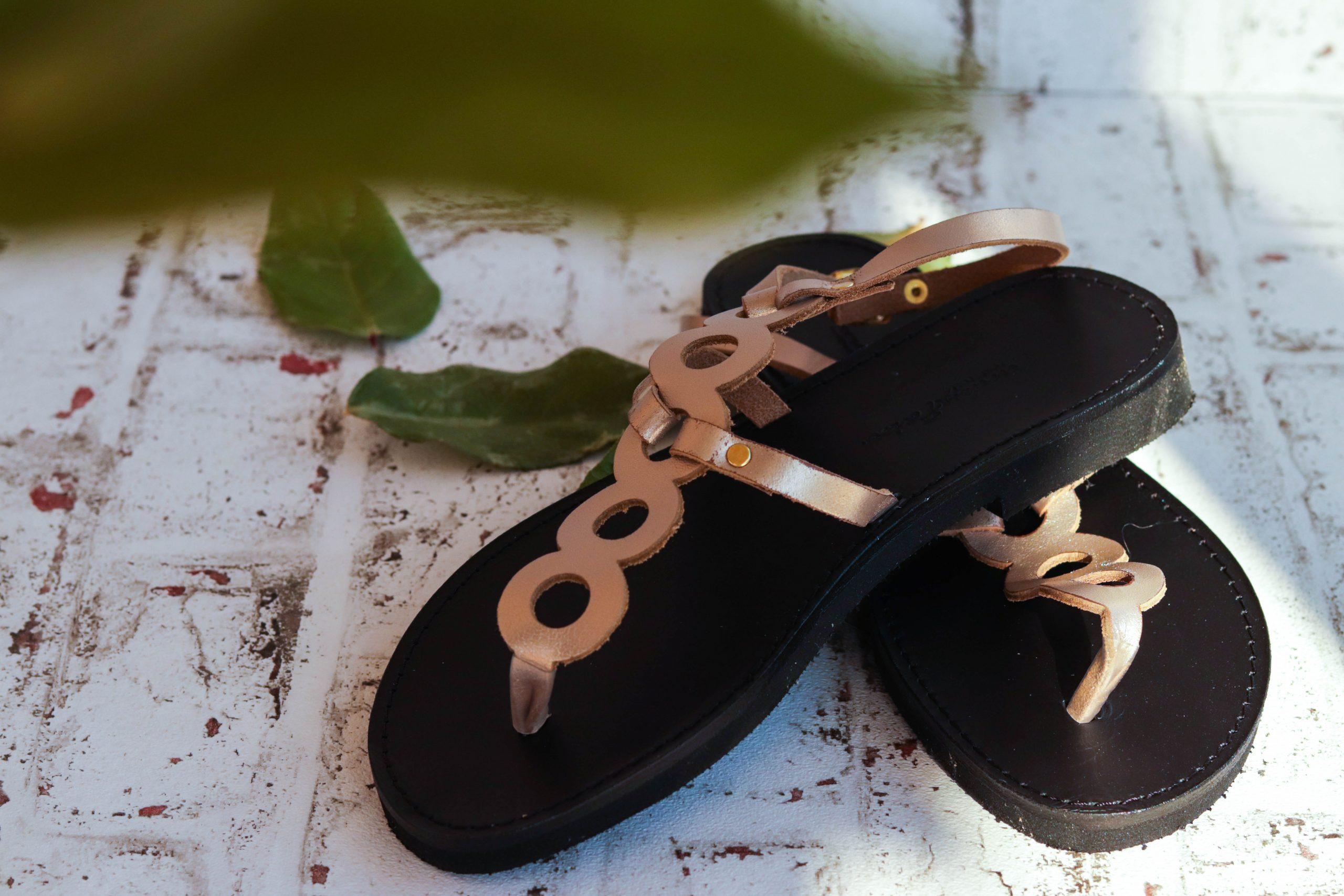 Sandały damskie FUNKY SOCIAL, odcień metaliczny